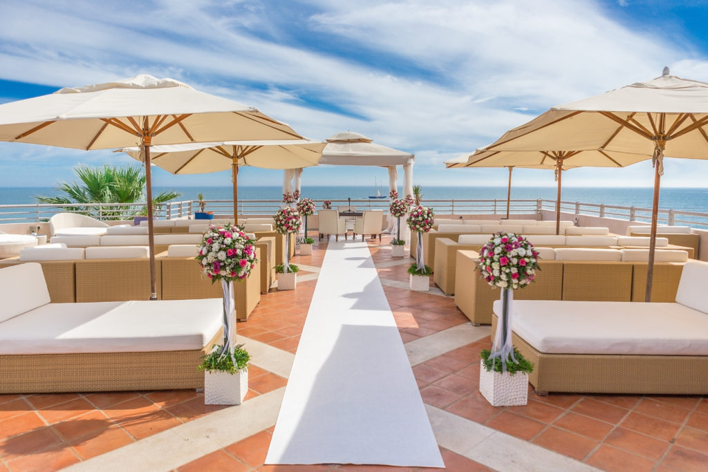 A Luxury Platform For Wedding Ceremony. On The Coast.